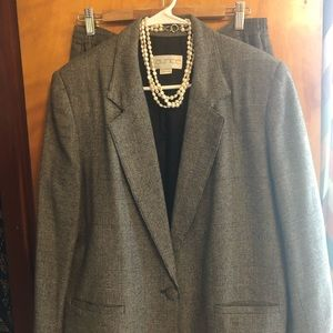 Gray tweed skirt suit size 14